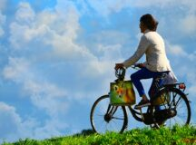 Quels avantages existe-t-il à s'organiser des randonnées à vélo ?